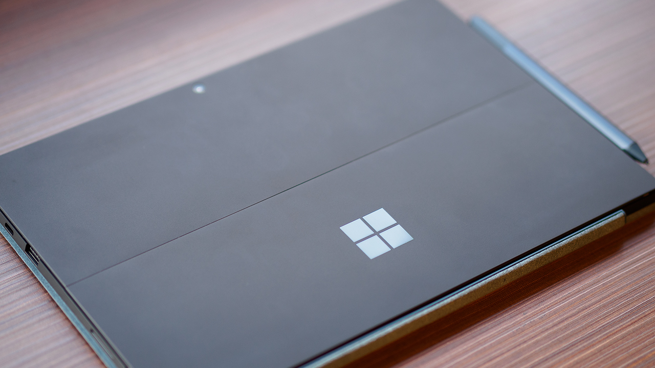 Surface Pro 7の背面